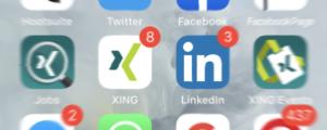 XING, LinkedIn auf Smartphone